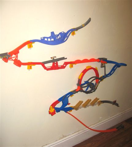 Hot wheels wall tracks review angel eden blog for Hot wheels wall tracks template