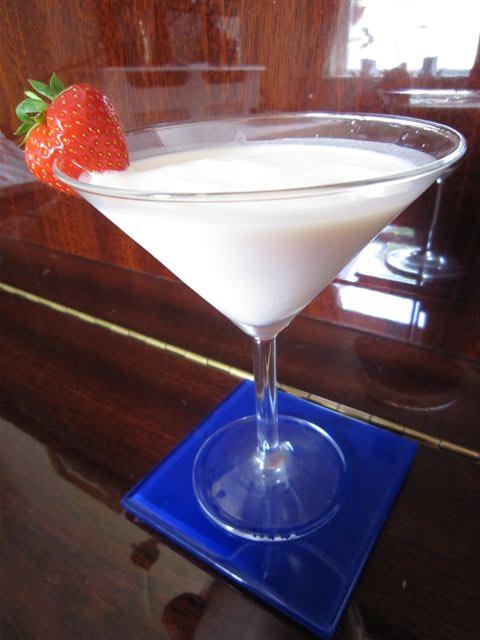 Strawberry & Cream Cocktail