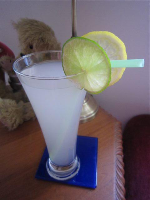 Gin & Bitter Lemon