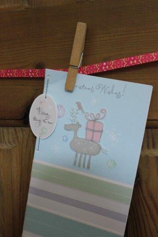 Shoelace Card Hanger