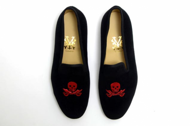 Skull and Cutlass Slippers